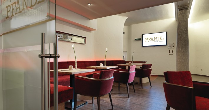Presse PFANDL Lounge